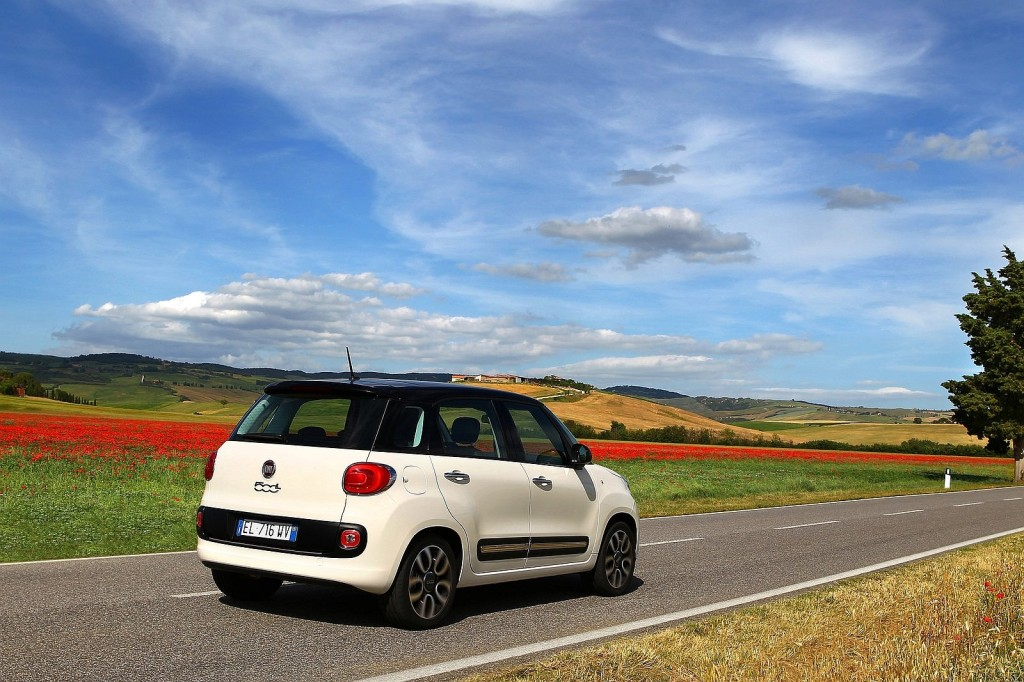 Fiat 500L_2013_02