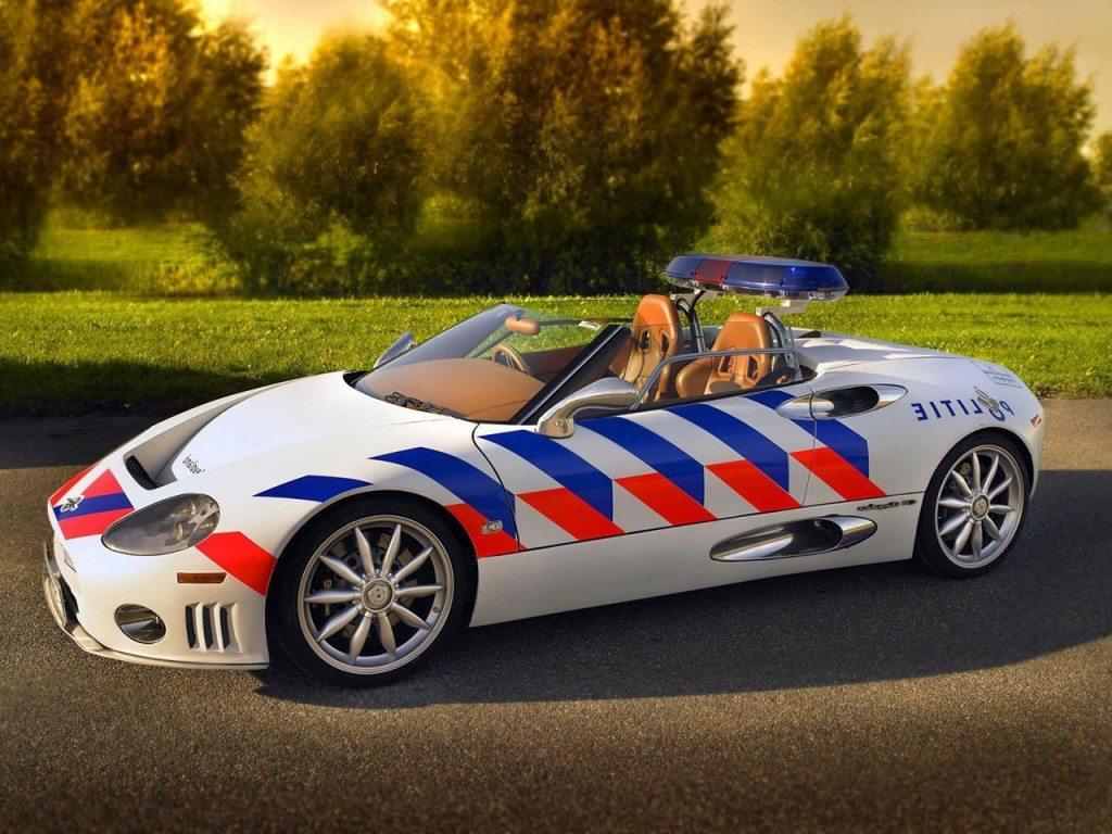 spyker-c8-spyder-police-car