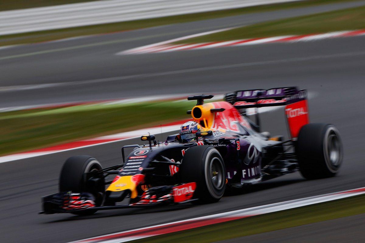 Infiniti Red Bull Racing אנדי פאלמר סגר את העסקה עבור אינפיניטי